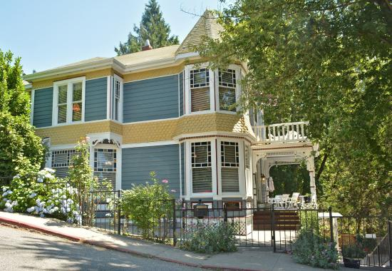 Photo of Deer Creek Inn Nevada City