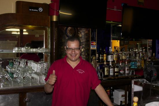 Vale, OR: Happy owner behind the bar