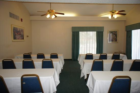 La Quinta Inn Fort Myers Central: Meeting Space