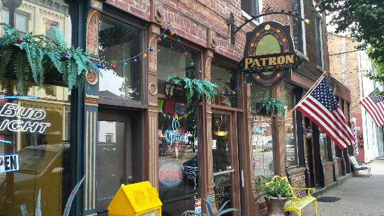 Vevay, IN: Patron Grill