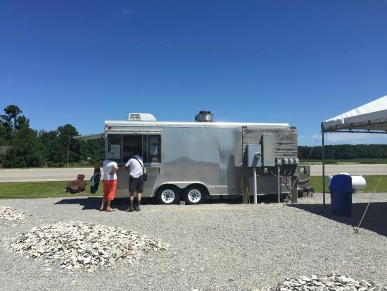 Columbia, NC: Call of the Wild Food Truck