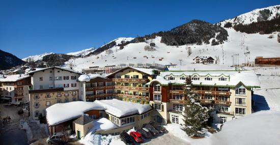 Photo of Hotel Schwarzer Adler St. Anton am Arlberg