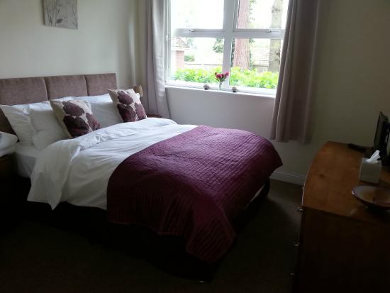 Camberley, UK: Bedroom