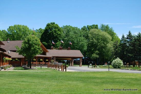 White Cloud, MI: The Grounds at the Shack