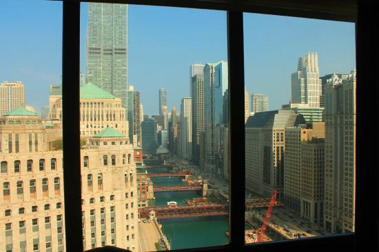 View of river toward lake michigan from our room picture for Hotels up north chicago