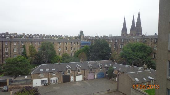 Vista dalla mia stanza picture of tune hotel haymarket for 7 clifton terrace edinburgh eh12 5dr