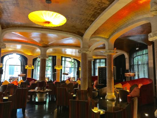 Casa Fuster Hotel: The downstairs bar.Gorgeous!