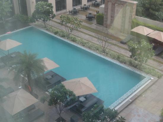 Swimming Pool Picture Of Courtyard By Marriott Agra Agra Tripadvisor