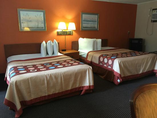 Americas Best Value Inn Hannibal
