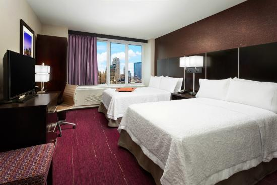 Choose from hotels in Manhattan with prices starting from USD 16 per night. Shop for deals to get the best room price. Manhattan is loved for its entertainment, theaters, and museums, and has lots of places to visit including Barney's, Bloomingdale's, and Rockefeller Center.