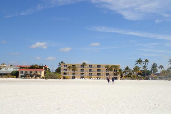 Outrigger Beach Resort: View of Gulf Suites from the beach near the water