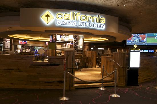 Remodeled Tables With Rustic Wood Features Picture Of California Pizza Kitchen Las Vegas