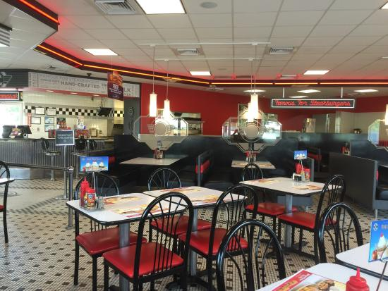 Picture of steak 39 n shake atlanta tripadvisor for Steak n shake dining room hours