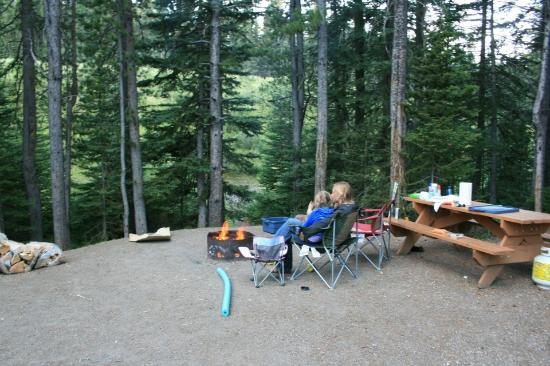 Lower Lake Campground Peter Lougheed Provincial Park