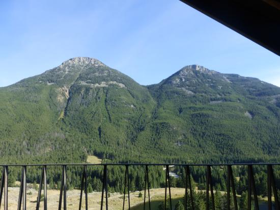 Hawley Mountain Guest Ranch: View from the Lodge Room