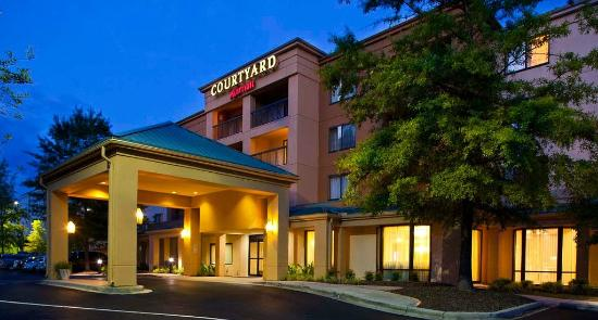 Courtyard by Marriott Birmingham Colonnade