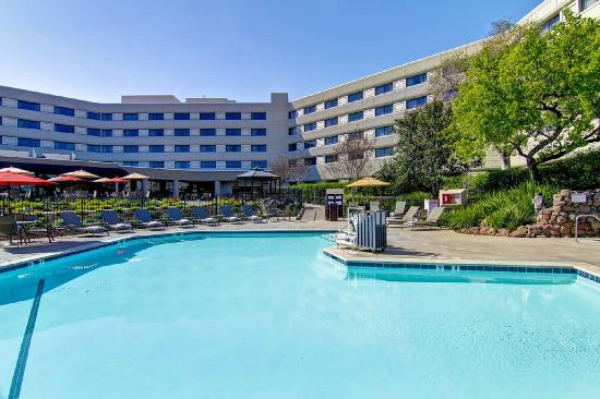 DoubleTree by Hilton Hotel Pleasanton at the Club
