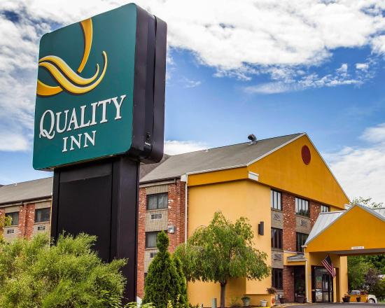 Photo of Quality Inn Cromwell