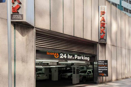Parking garage picture of doubletree hotel metropolitan for New york city parking garage
