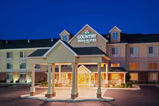 Country Inns & Suites London