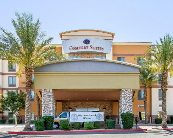 Photo of Comfort Suites Univ. of Phoenix Stadium Area Glendale