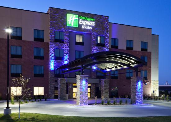 Holiday Inn Express Hotel & Suites Fort Dodge