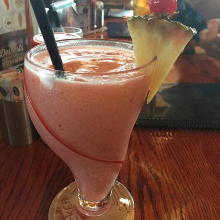 I loved this image of red robin hawaiian