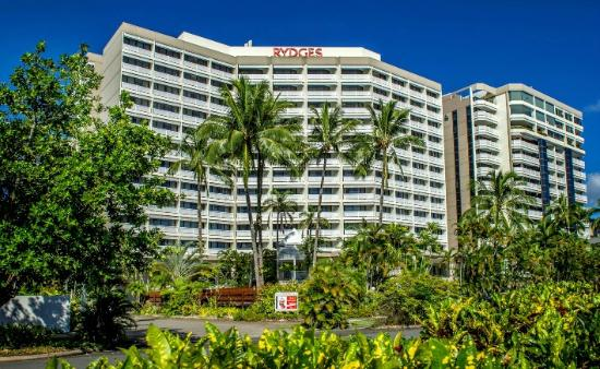 Rydges Esplanade Resort Cairns Hotel