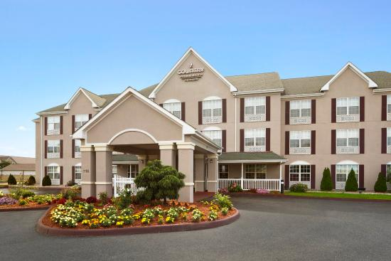 Country Inn & Suites Columbus-West