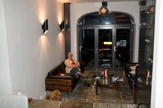 Argyll and Bute, UK: Lounge area from kitchen.