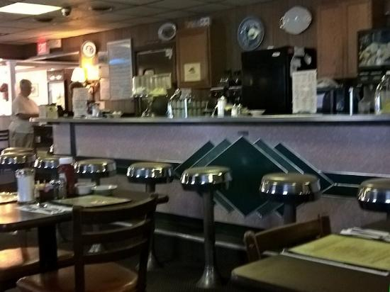Wyoming, DE: Typical Small Town Diner