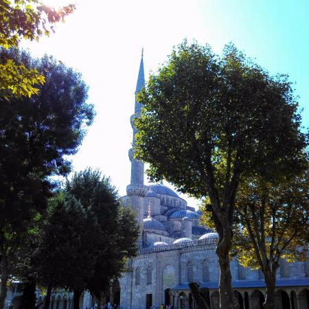 Blue mosque - Picture of Sultanahmet District, Istanbul ...