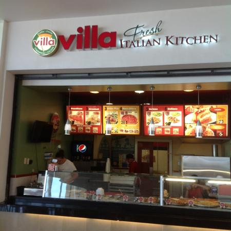 Fashion Mall Villa Pizza