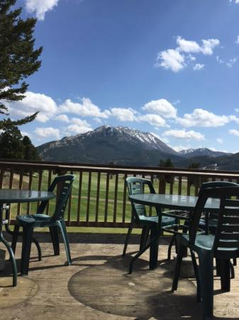 Crowsnest Pass, Canada: Nice view from the Patio