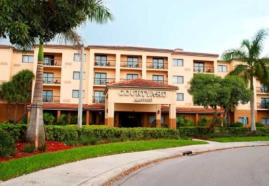 Courtyard Coral Springs