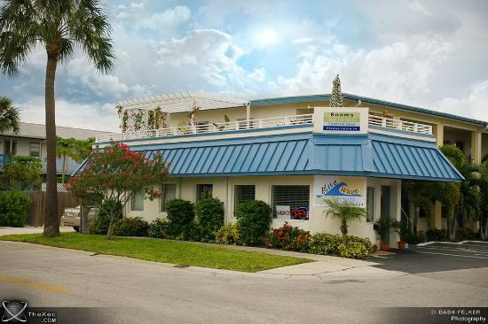 Photo of Blue Wave Motel Suites Clearwater