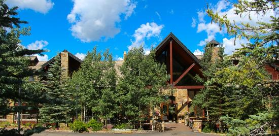 Bear Creek Lodge