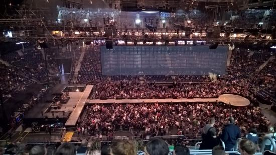 Show do linkin park picture of mercedes benz arena for Mercedes benz stadium concerts