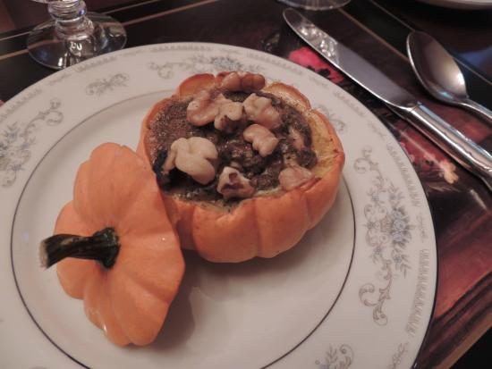 1868 Magnolia House Inn: Roasted Holiday Pumpkin
