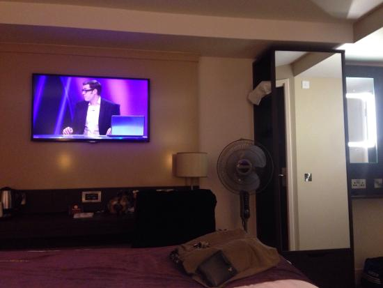 Copythorne, UK: This Premier Inn is very New, rooms are the best I've stayed in absolute perfect, huge TV very u