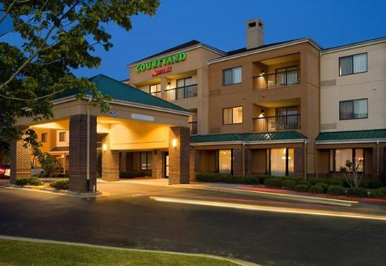 Photo of Courtyard By Marriott Rocky Mount