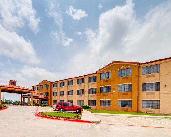 Photo of Comfort Suites Lake Ray Hubbard Rowlett