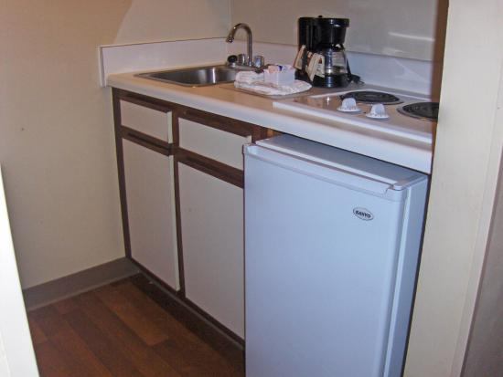 Crossland Economy Studios - Atlanta - Lawrenceville: Fully-Equipped Kitchens