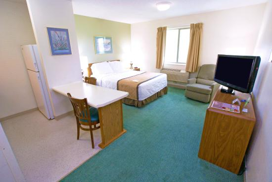 Studio suite 1 queen bed picture of extended stay america nashville airport elm hill for Extended stay america one bedroom suite