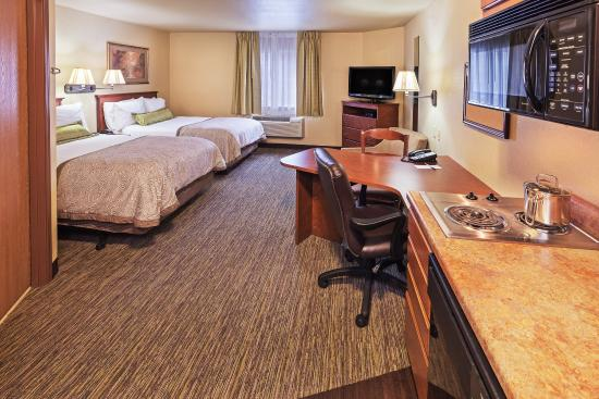 Candlewood Suites - Tulsa: Double Bed Guest Room