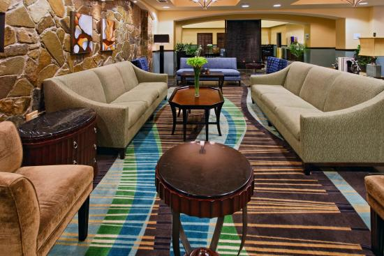 Weatherford Hotel Guest Lounge