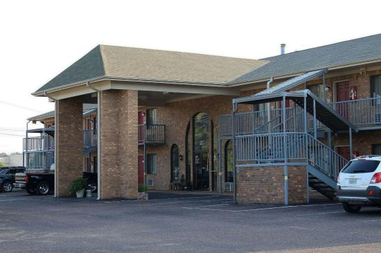 Savannah Lodge