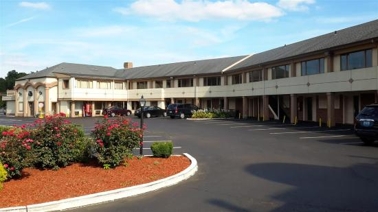 Americas Best Value Inn - Bristol / Levittown / Philadelphia