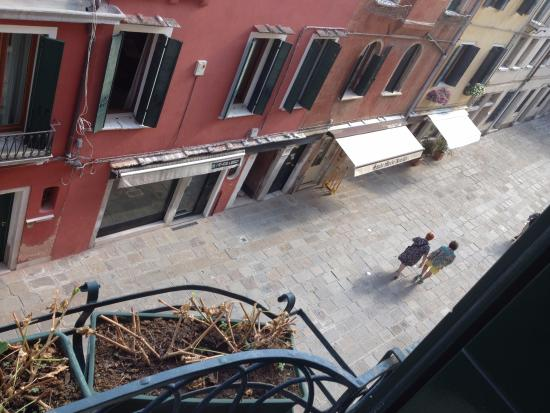 Albergo San Samuele: view from our room