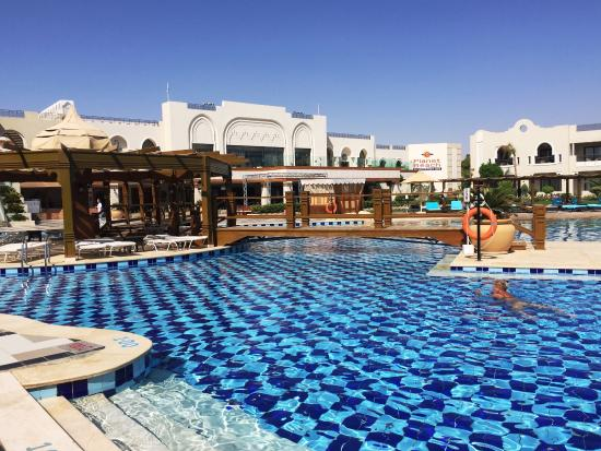 hotel pool picture of sunrise grand select arabian beach resort sharm el sheikh tripadvisor. Black Bedroom Furniture Sets. Home Design Ideas